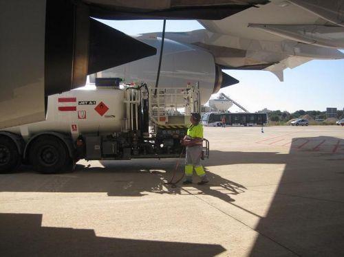 Primer Suministro a un A380 en España